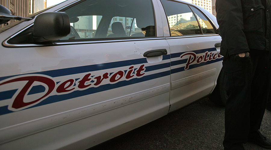 Detroit police officer in critical condition after being shot in head