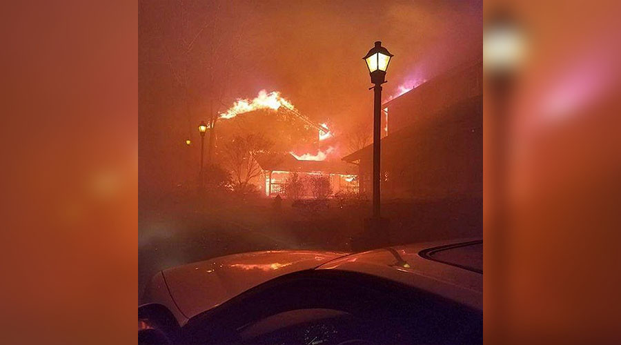 Shocking footage of Tennessee blaze shows scale of damage (VIDEOS, PHOTOS)