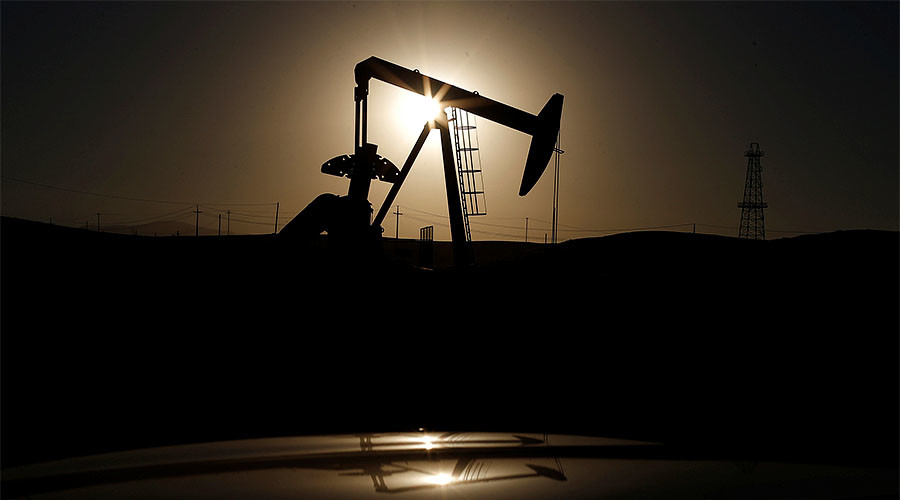 Oil tumbles on doubts over OPEC output cut