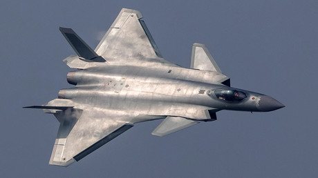 China unveils its J-20 stealth fighter during an air show in Zhuhai, Guangdong Province, China, November 1, 2016. ©Reuters