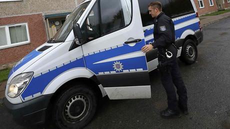 A German police officer © Kai Pfaffenbach