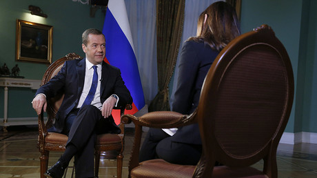 Russian Prime Minister Dmitry Medvedev gives an interview at his Gorki residence outside Moscow to Yonit Levi, anchor of the Israeli Channel 2 news program © Dmitry Astakhov