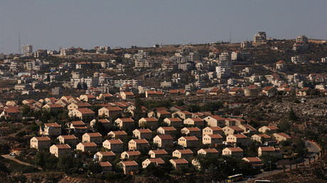 The West Bank Jewish settlement of Ofra is photographed as seen from the Jewish settler outpost of Amona in the West Bank © Ronen Zvulun