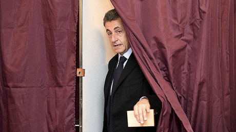 Nicolas Sarkozy, former French president and candidate for the French conservative presidential primary, votes in the first round of the French center-right presidential primary election in Paris, France, November 20, 2016. © Eric Feferberg