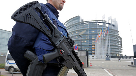 A French CRS policeman stands guard in front of the European Parliament in Strasbourg, France © Vincent Kessler