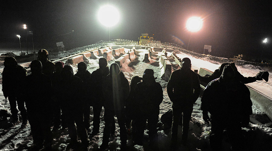 'Wanna burn the US constitution? Shoot at us first': Veterans prepare to aid DAPL protesters