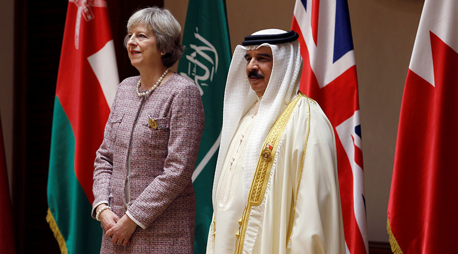 Theresa May pledges to stand by Iran nuclear deal that Trump promises to 'dismantle'