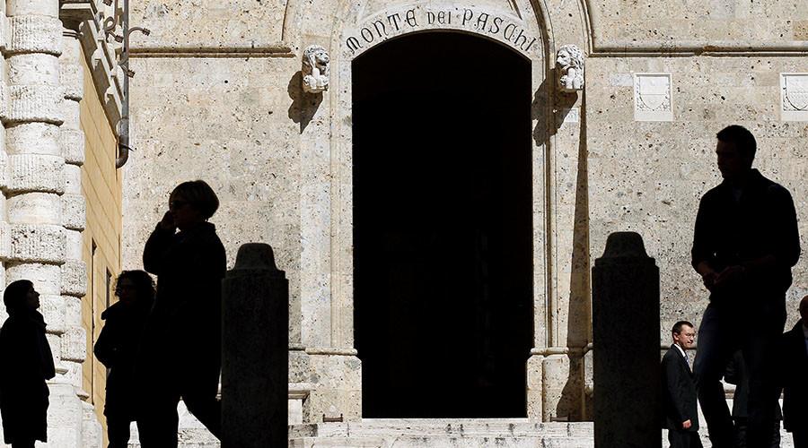 Renzi referendum damaged Italy's banking sector - Fitch