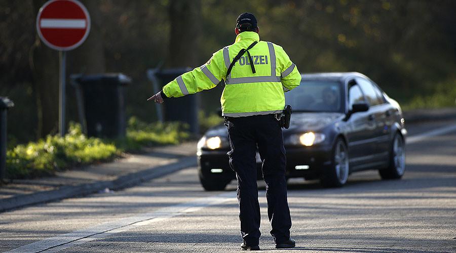 Germany wants to extend border control in Schengen over terrorist threat – report
