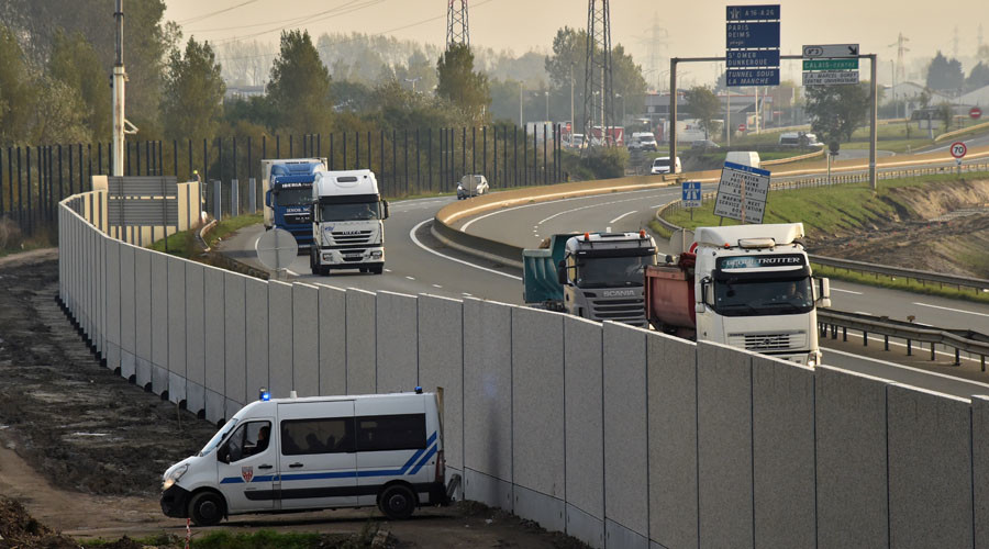 'Anti-intrusion' wall built in Calais to stop migrants from jumping on UK-bound trucks