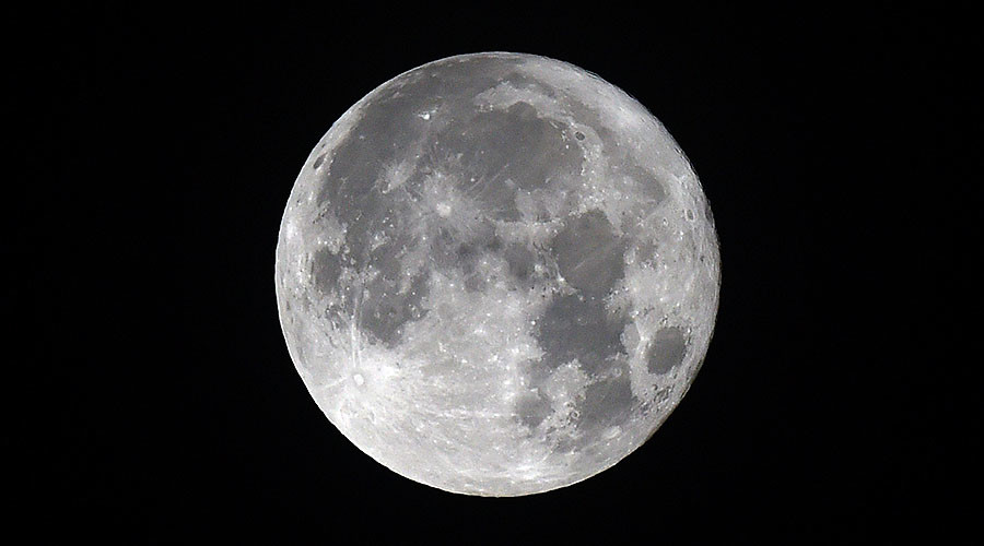 Final supermoon of 2016 leaves stargazers awe-struck (PHOTOS)