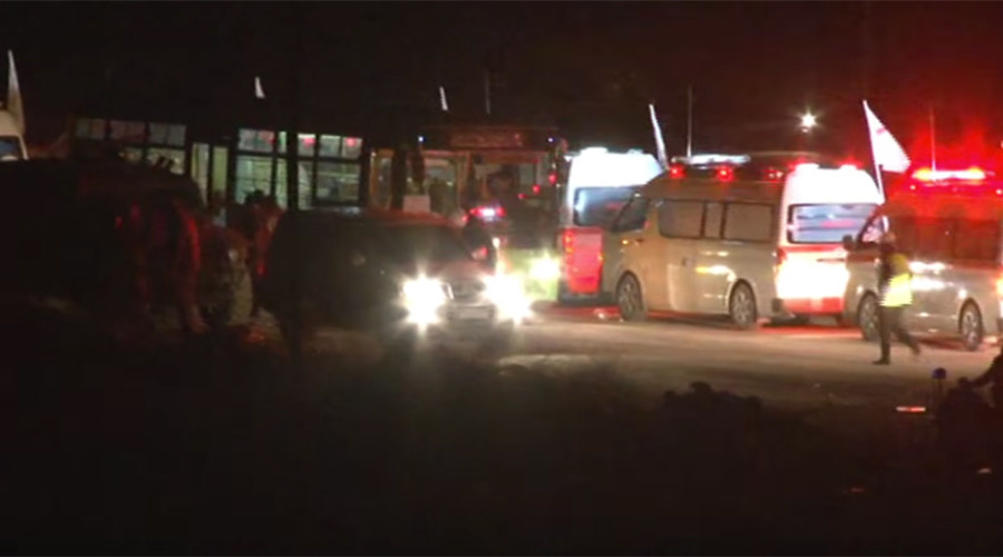 Watch militants pull out of eastern Aleppo by night (VIDEOS)