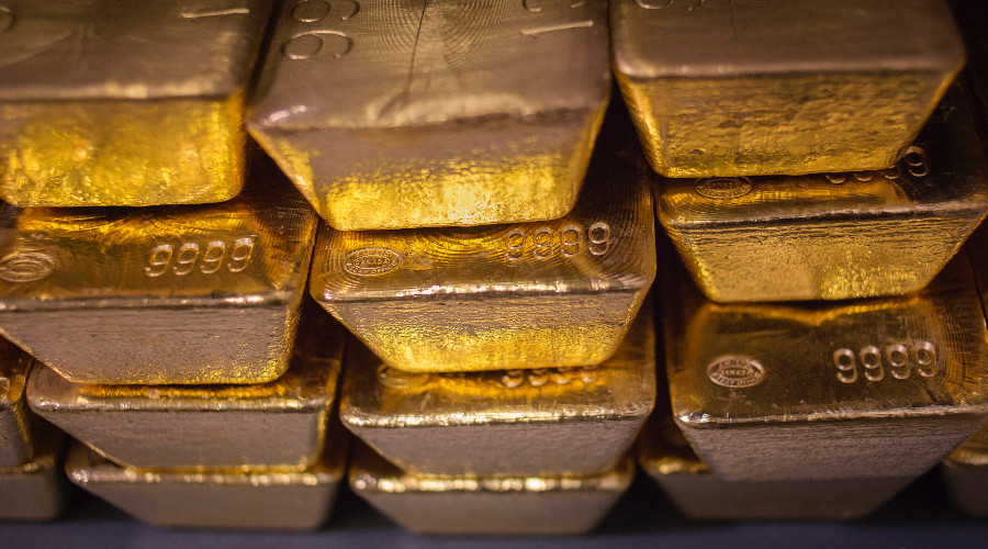 US treasure hunter kept in jail until he tells police where he hid 3 tons of gold