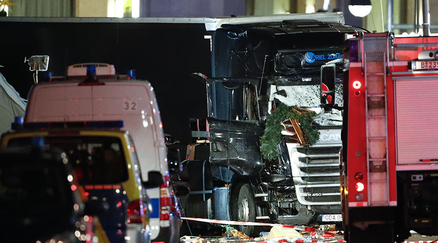 'Terror has no borders': Eyewitnesses of Berlin market carnage relay horrifying details to RT