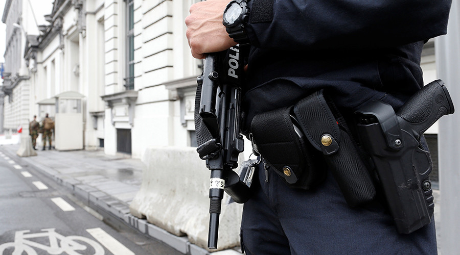 'Terrorist threat' suspect arrested, arms seized in Brussels