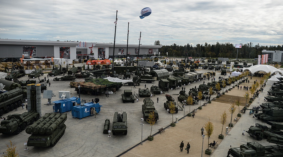 'Russia will never initiate an arms race' – Kremlin spokesman to RT
