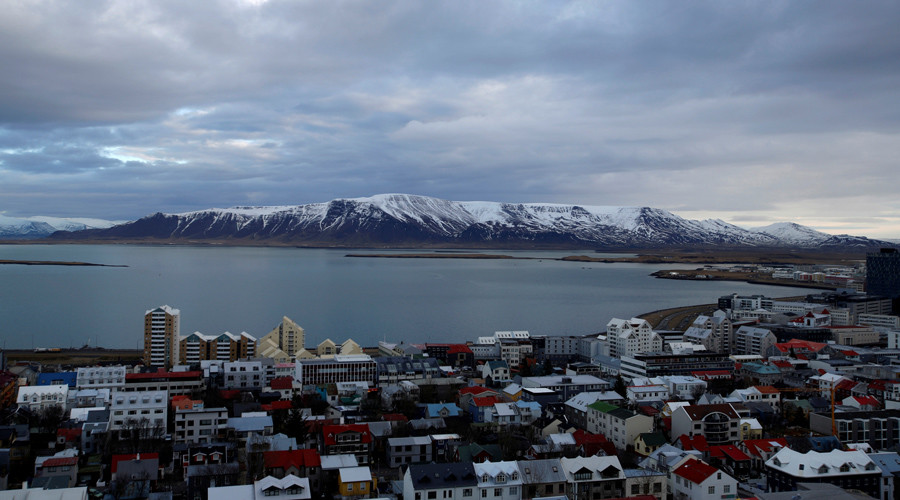 Reykjavik shows asylum seekers 'they are welcome' with NYE banquet at city hall