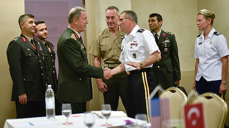 Turkey Chief of Defense, Gen. Hulusi Akar, and US Gen. Curtis M. Scaparrotti, Supreme Allied Commander in Split, Croatia, Sept. 16, 2016. © Chairman of the Joint Chiefs of Staff