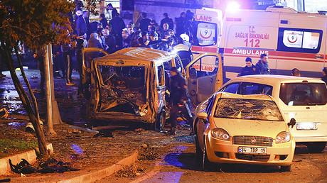 Deadly twin blasts rock Istanbul