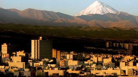 A general view of the northeast of Tehran © Morteza Nikoubazl