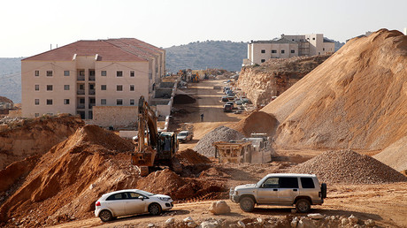 A construction site is seen in the Israeli settlement of Beitar Ilit © Baz Ratner