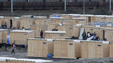 General view of structures in a refugee camp of wood humanitarian-standard shelters in Grande-Synthe, near Dunkirk, France © Pascal Rossignol