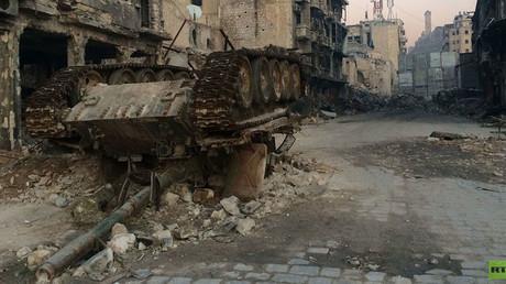 Abandoned tank in Aleppo, Syria (c) Maria Finoshina, RT