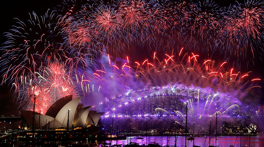 Most explosive NYE fireworks from around the world (VIDEOS)