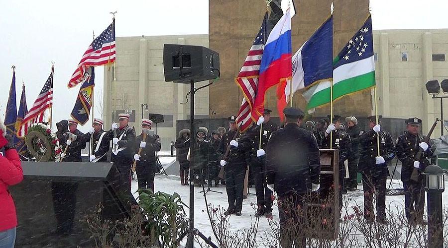 New York chorus sings Russian national anthem to honor Alexandrov Ensemble (VIDEO)
