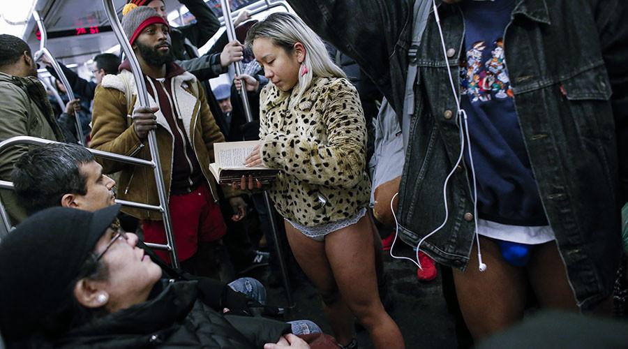 Smart-ass passengers strip down for #NoPantsSubwayRide (VIDEOS, PHOTOS)