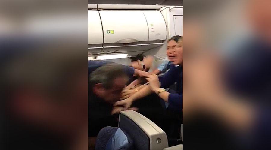 Fight breaks out on London-bound flight, forces emergency landing (VIDEO)
