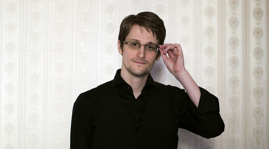 Snowden just got his asylum extended, surely won't be 'gifted' to Trump – Moscow