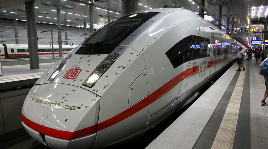 German trains troll Trump over #alternativefacts gaffe