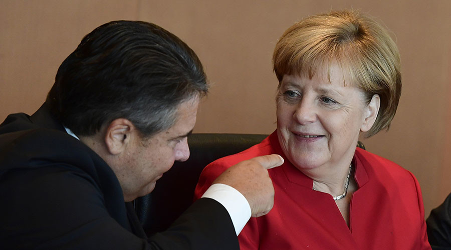 Gabriel blames Merkel's austerity for rise of 'right populism,' leaves chancellorship race