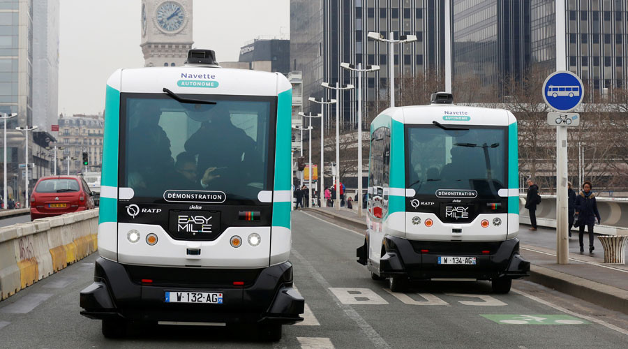 not sci fi anymore paris introduces first driverless buses photos rt viral. Black Bedroom Furniture Sets. Home Design Ideas
