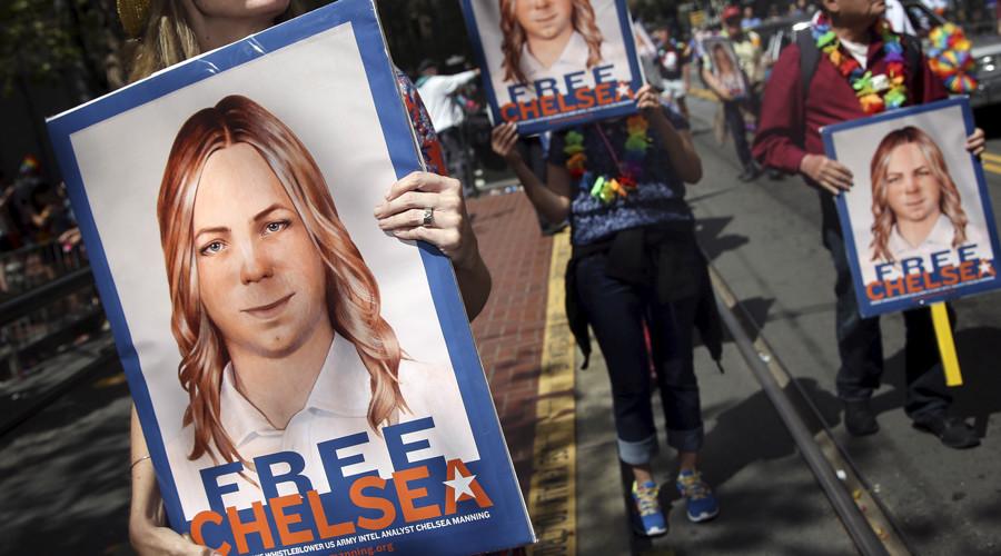 'Whatevs': Manning responds to Trump's 'ungrateful traitor' tweet