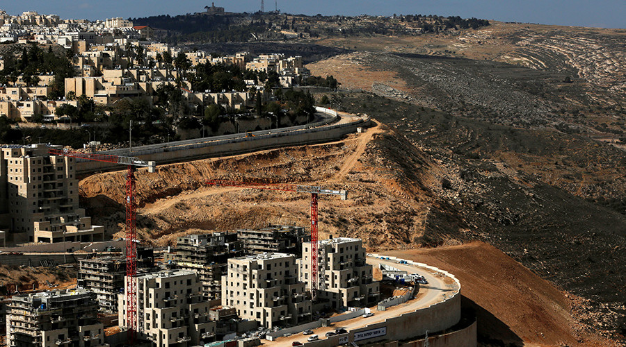 'Land theft': 153 settler homes approved in E. Jerusalem, 11,000 more planned