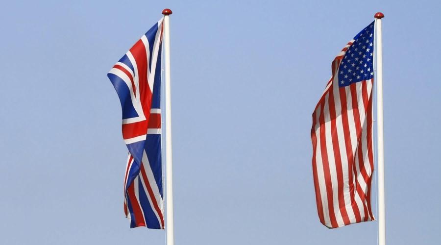 Britain turning into US 'vassal' – French presidential hopeful Macron