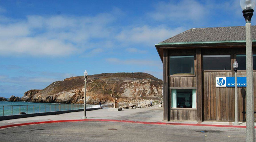 One rogue wave cost this California restaurant $10,000 (VIDEO)