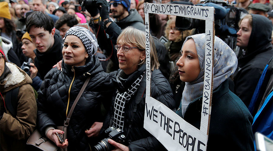 Trump's 'Muslim ban': Islamophobia or defense of US?