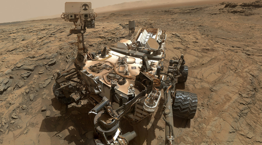 Tough life on Mars: Curiosity rover's wheels battered by red planet (PHOTOS)