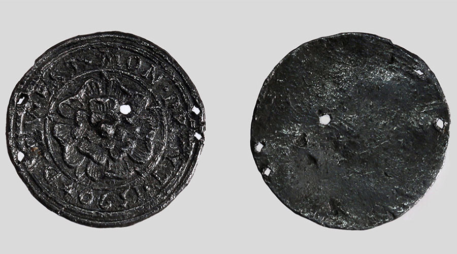 16th-century English Tudor rose pendant unearthed near Moscow Kremlin