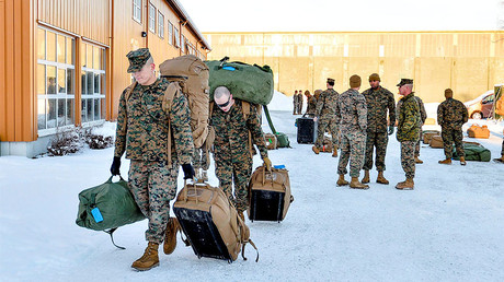 U.S. Marines, who are to attend a six-month training to learn about winter warfare, arrive in Stjordal, Norway January 16, 2017. © NTB Scanpix / Ned Alley