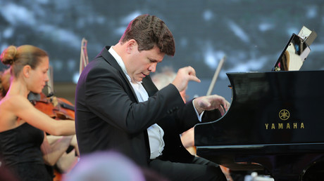 Renowned pianist Denis Matsuev plays Rachmaninov & Beethoven in Davos, Switzerland