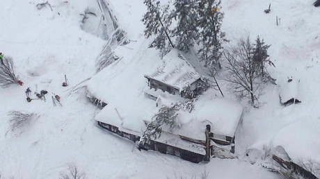 An aerial view shows Hotel Rigopiano in Farindola, central Italy, hit by an avalanche, in this January 19, 2017 ©  Vigili del Fuoco
