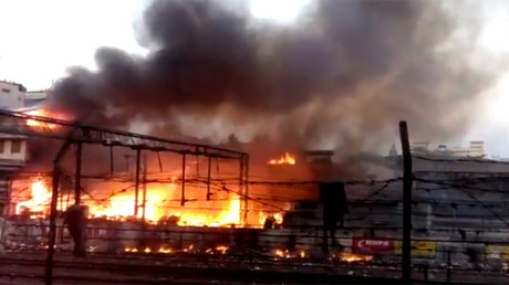 Multiple injuries reported as major fire breaks out near Mumbai train station (PHOTOS, VIDEOS)