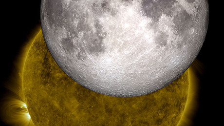 Solarwinds may be carrying Earth's oxygen to the moon – study