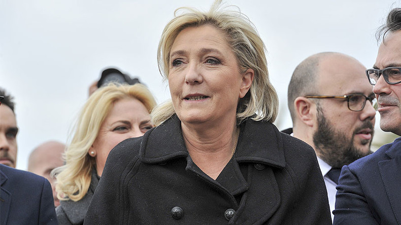 'Won't cover myself up:' Le Pen refuses headscarf, cancels ...
