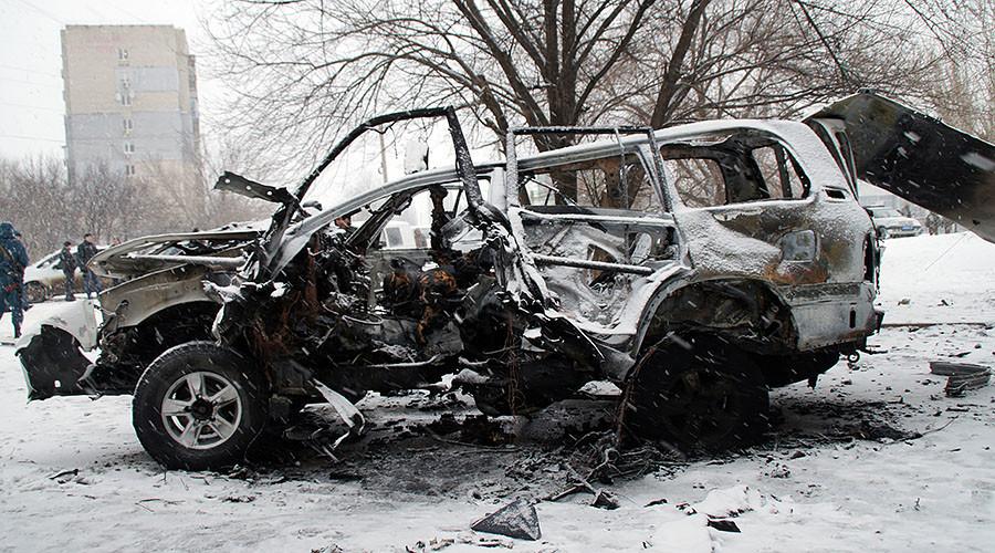 Car blast in E. Ukraine kills militia commander, Lugansk blames Kiev's 'hit squad'