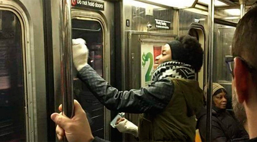How New Yorkers Deal With Swastikas on the Subway